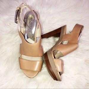 Michael Kors beautiful heel sandals. Size 9.5
